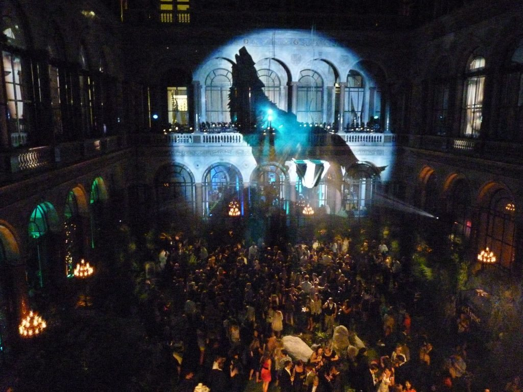 twilight premiere projection by LCI
