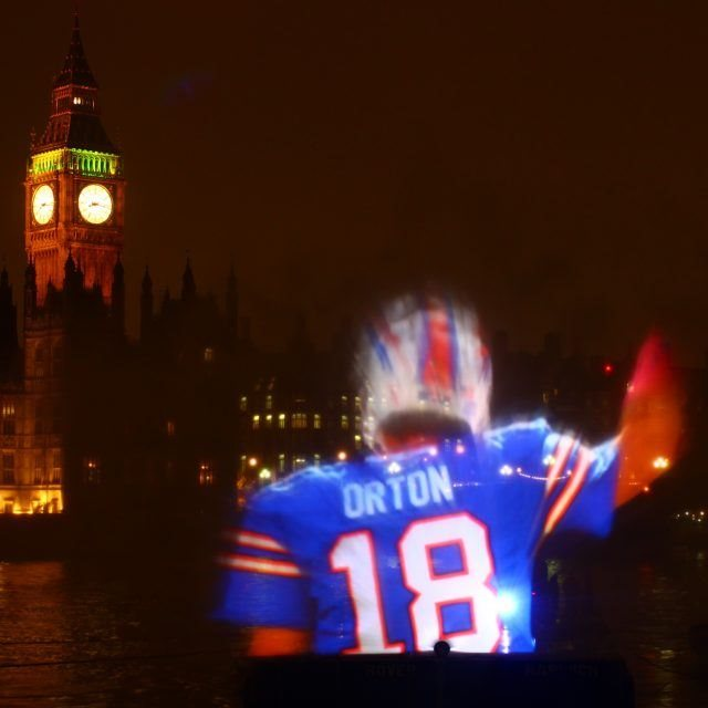 FLOATING WATER PROJECTION SCREEN ON RIVER THAMES, LONDON FOR THE NFL