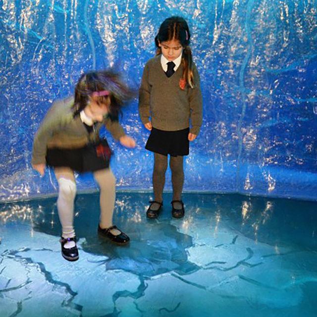 LCI - Frozen Planet - Interactive Floor